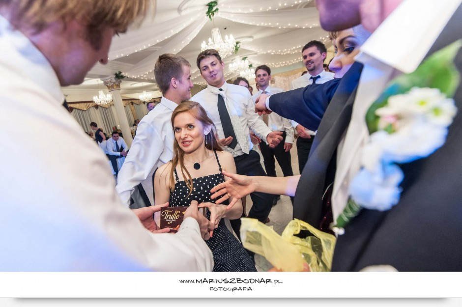 zdjęcie ślubne oczepiny